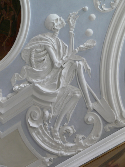 metalonmetalblog:  Death and Soap Bubbles, stucco relief, 18th century. Holy Sepulcher Chapel, Michelsberg Cloister, Bamberg   Beautiful.