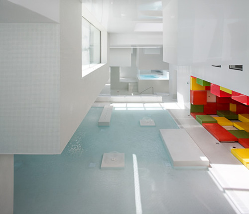 Fabulous baths that look a bit like they were constructed of white Legos.  (via Icons: Les Bains Des Docks, Le Havre | We Heart: Essential Lifestyle Guide)