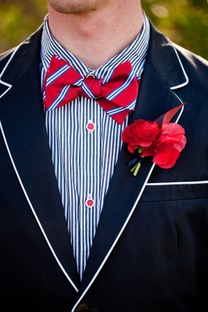 bowtiesandbliss:  (via Red White and Blue Wedding Ideas | Inspirations & Creations - Elizabeth Anne Designs: The Wedding Blog)