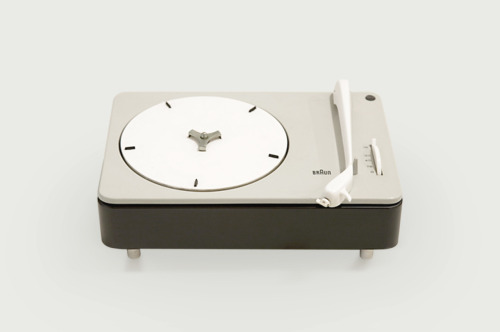 braun pc 3-sv turntable, by dieter rams for braun (1959)