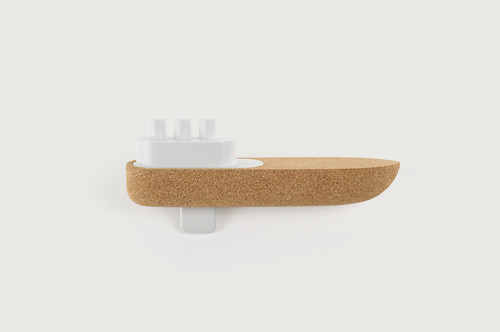 'bote' toy boat, big-game (2011) boat made with cork for a portuguese project called materia. See more at: http://www.materia.amorim.com/pt