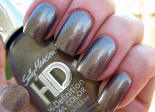 sally hansen - opulent cloud (in the SHADE) looks totally different in the sun vs shade!