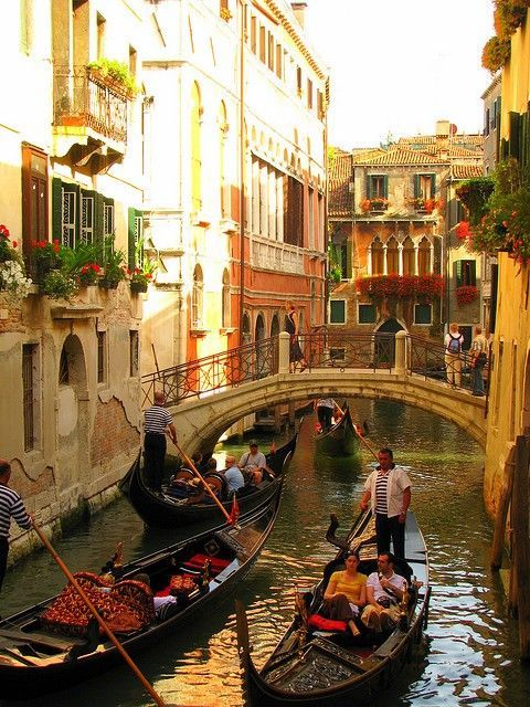 sunsurfer:  Late Afternoon, Venice, Italy photo via img