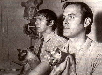 nicocolaleo:  John Cleese, Graham Chapman, and cats.