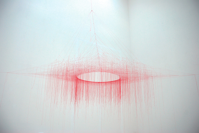 akiko ikeuchi, knotted thread-red'  full view, on exhibition at the museum of contemporary art tokyo via designboom
