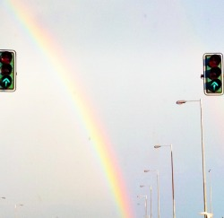 Drive straight ahead! Your own rainbow is waiting.