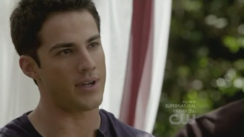 Oooohh. Michael Trevino is so adorable. Don't you agree..?