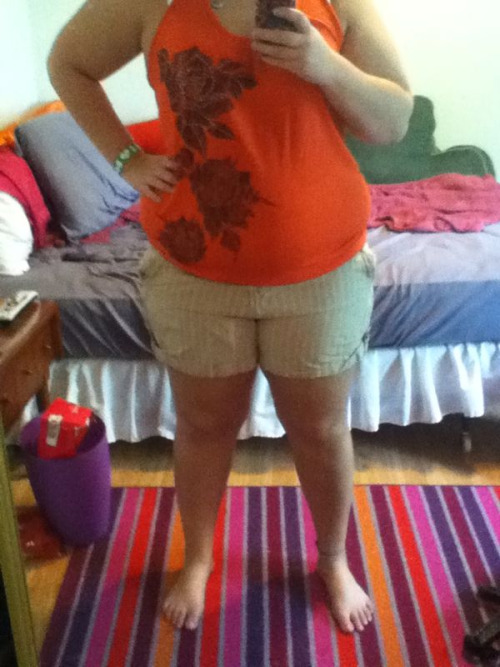 I love those shorts and the shirt. I jut wish I looked better in it.