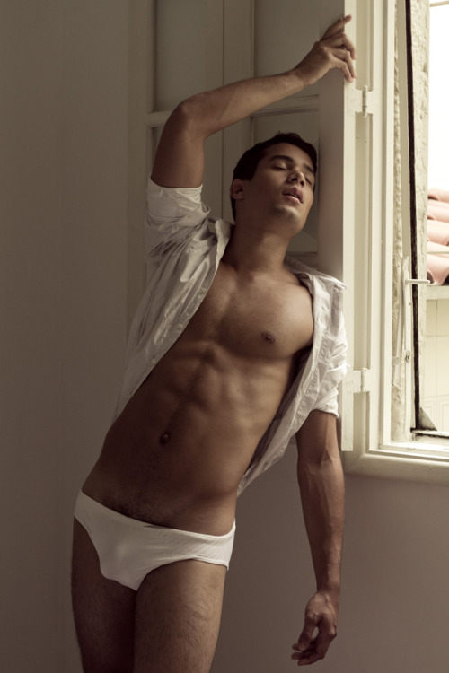 Male Model Mondays Tiago Pettersen