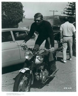 THE TURTLENECK - FROM BEATNIKS TO BULLITT Steve McQueen and his Triumph Bonneville on the set of Bullitt. Read more…