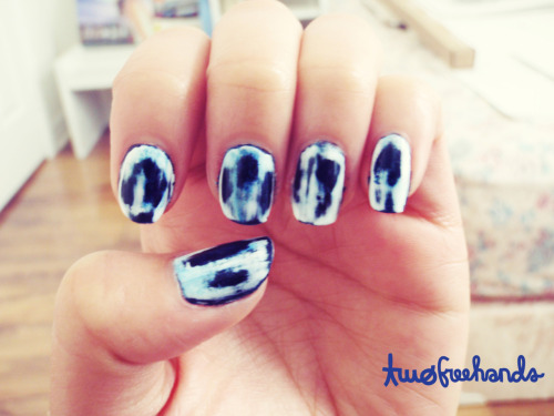 fuckyeahnailart:twofreehands:   Tie dye nails inspired by acid wash patterns. For days when I don't want to dress bold, I wear it loud on my nails instead.  A how-to video:  http://www.youtube.com/watch?v=CFf8AewP0e0  Fantastic! I love seeing something new, this looks fun.
