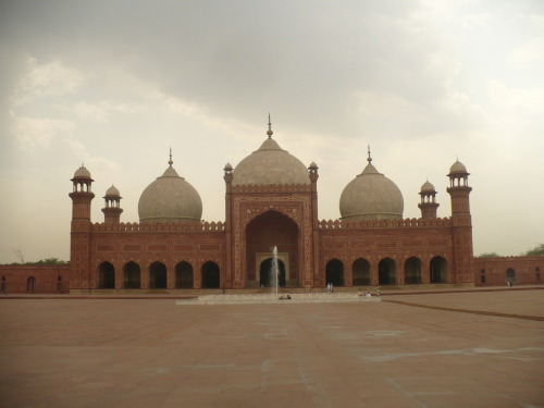 Badshahi Mosque, Lahore, Pakistan. This place was amazing. The fifth largest mosque in the world. Again: more pictures and info when I'm back in Pindi.