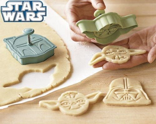 jennadaily:  This cookie cutter set I want.   (via)