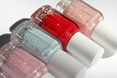 Essie Wedding Collection 2011 - Love that red!