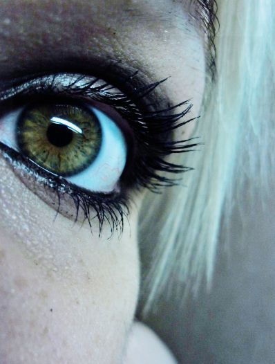 masturbatrix:  Have some eye  going in my pretty eyes omg :3