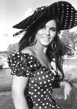 Beautiful Souad Hosni.