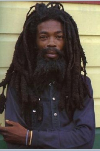 rasta-love-all:  Jah bless!