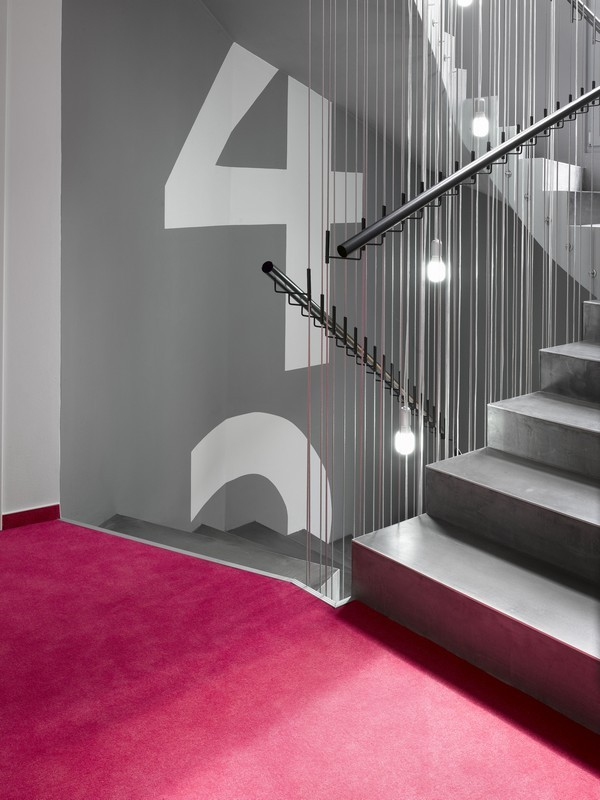 MOODs hotel, Praga - Republica Checa by Vladimir Zak and Roman Vrtiska