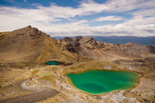 astral-plane:Tongariro Crossing by nhuisman