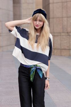 Liz of Late Afternoon wearing our Truly Inspired Boxy top.