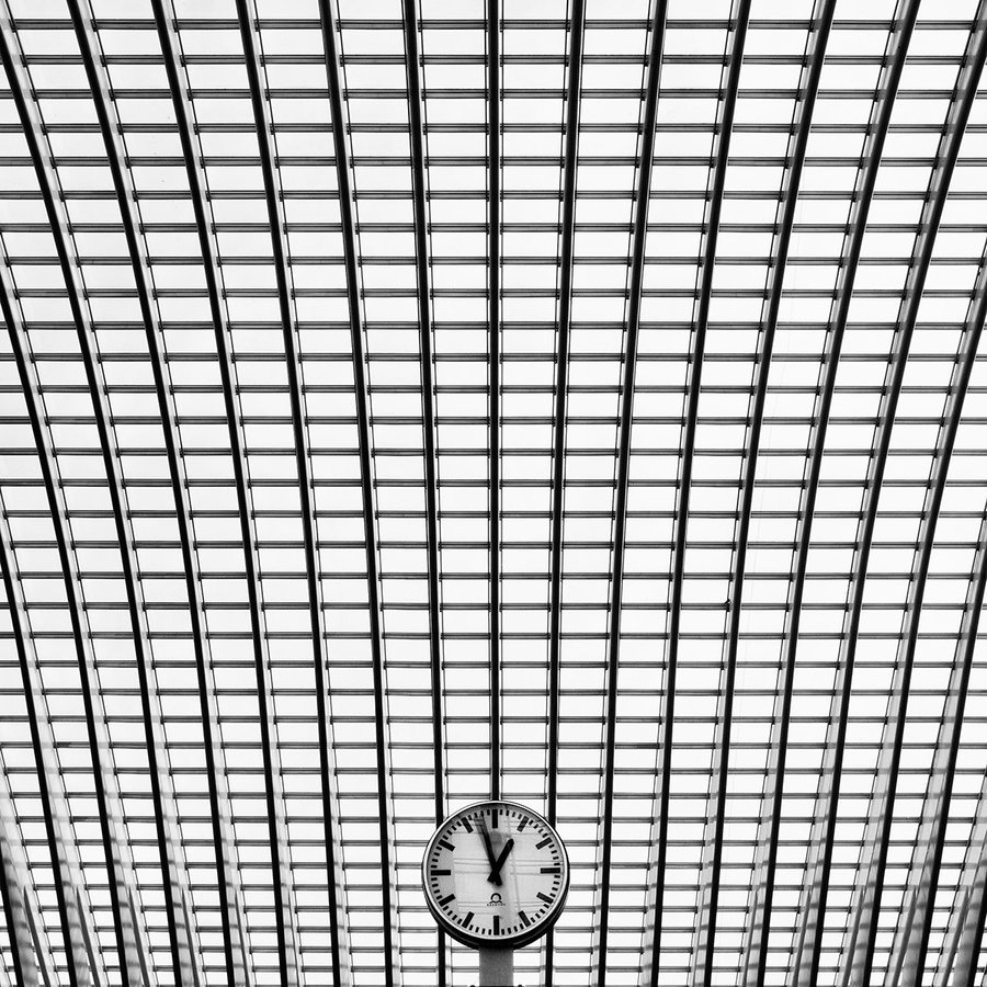 black-and-white:  time's pattern | by Durdenyr