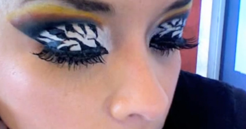 Check out this awesome zebra print eyeshadow! Watch the video tutorial to get the look!