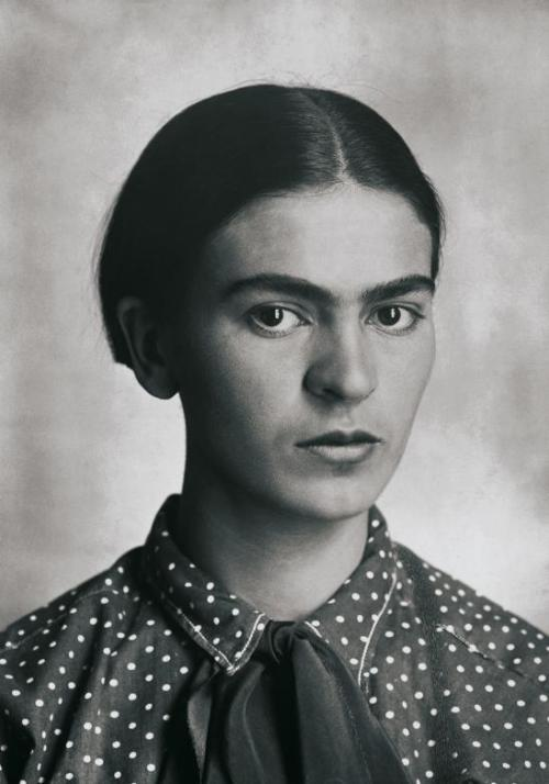 narcissusskisses:  Retrato de Frida Kahlo by Guillermo Kahlo, México, c. 1926.