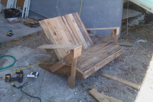 "Candice N. strikes again. Pallets Adirondack Chairs, or in the case ""Love Seats"" are becoming short work for her which leads me to believe that she needs a new project. A new DIY Guide…a new spring build. Hmmmm…more pictures of Candice N.'s PACs and her swank Florida waterside paradise after the break."