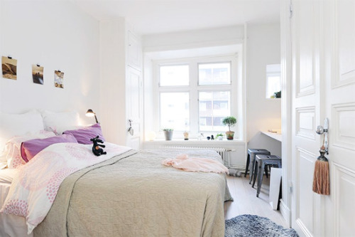(via Stylizimo blog: { 10 dreamy bedrooms })
