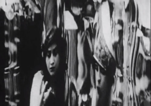 From La Folie Du Docteur Tube,1915 short experimental film by Abel Gance thanks again to bent for this discovery