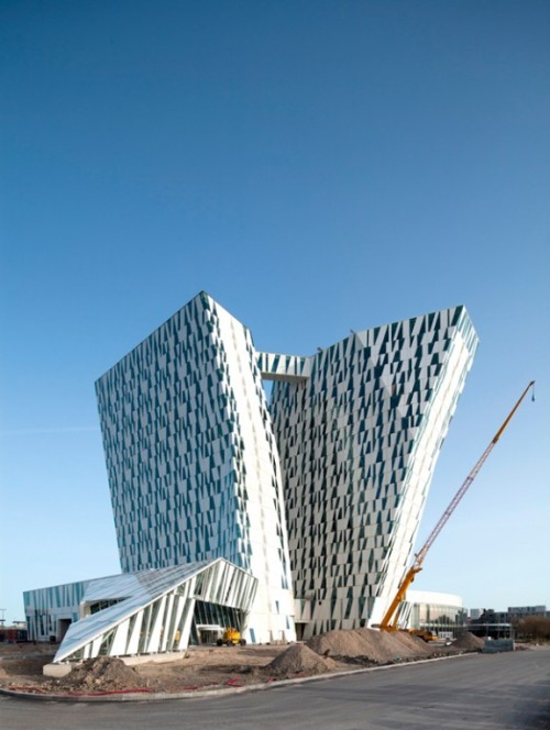 If there's one thing about the recently-opened Bella Sky Hotel in Copenhagen that grabs your attention, it's definitely the amazing  window patterns. The project was designed by Danish firm 3XN. Learn more here.
