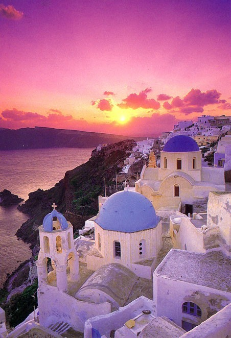 Sunset over Santorini (via Greece.)