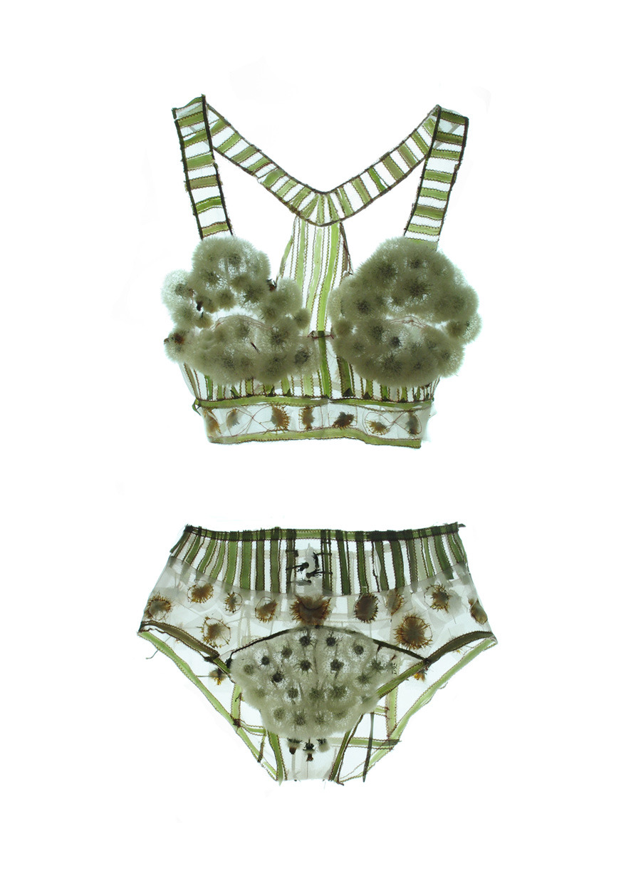 thevintagerat:  theclotheshorse:  Löwenzahn-Dessous / Dandelion Lingerie  THIS MAKES ME WANT TO DIE  whaaat what why isn't this real WHY? D':