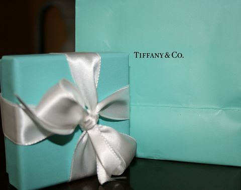 Today I feel Tiffany Blue!