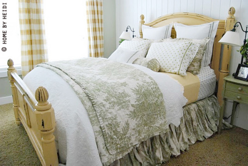gardenviewcottage:  (via The Bedroom — The Lettered Cottage)