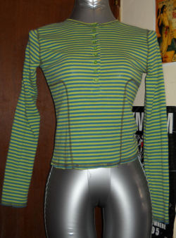 Green and Teal Club Kid top M/L Worn gently. 4$