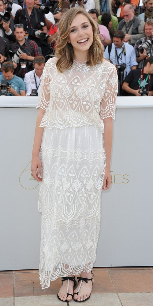 Love this boho-angel look Elizabeth Olsen is rocking at the Cannes Film Fest! Check out how to get her angelic wavy hair! (via Beautylish)