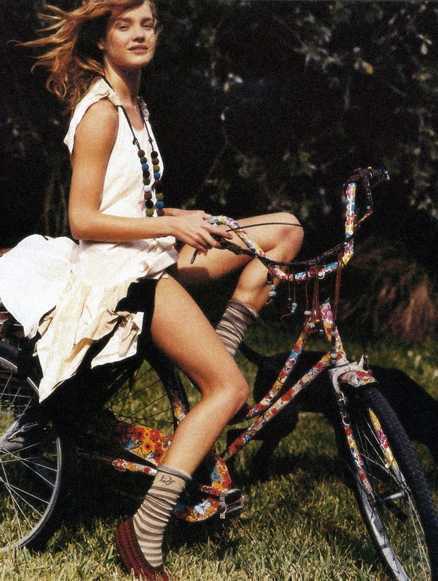moldavia:  Natalia Vodianova in Vogue Paris June/July 2005 by Bruce Weber