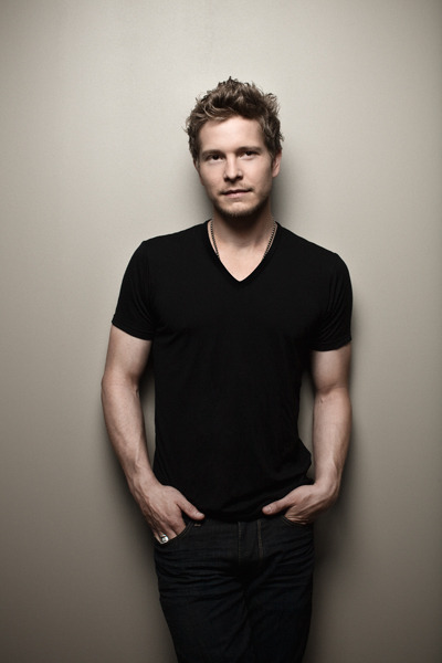 thejasongoodrich:Check out my photo of Matt Czuchry GQ.