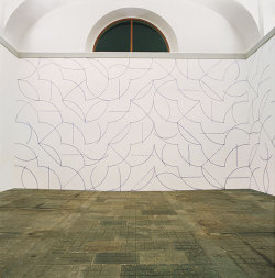 bildwerk:  Sol Le Witt, Wall Drawing #146 (1972)