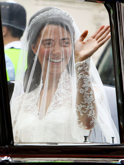 Kate Middleton with Steve Buscemeyes was removed. Here she is again.