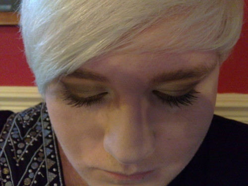 tonights make-up! All gold, not that you can see on my shitty phone…
