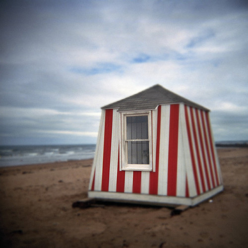 Beach Hut by LowerDarnley on Flickr.