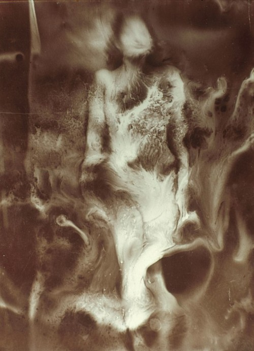 roseweightless-blue:  The Nebula/La nébuleuse, 1939 by  Raoul Ubac *