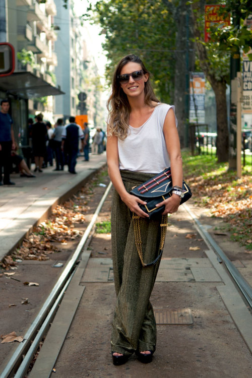 these pants are amazing!  there is nothing cooler than a truly laid back look like this.
