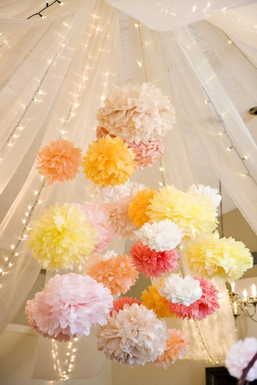 LOVE THIS! great spring/summer party decor? http://mixtapesandcupcakes.com/page/2/