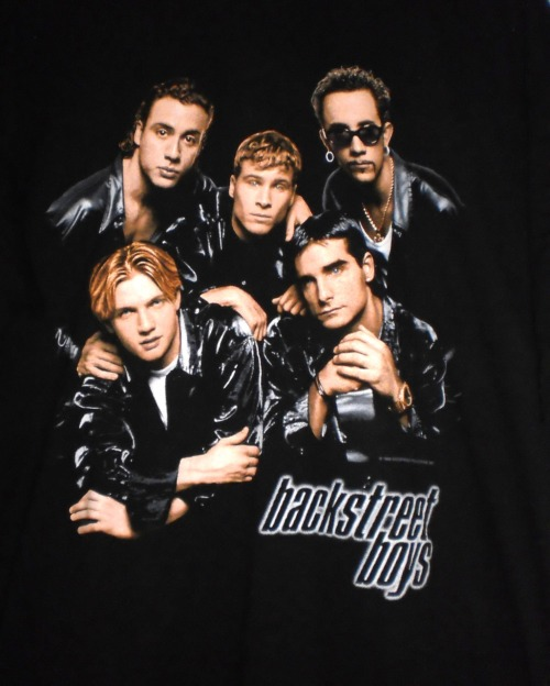 Tee shirt noir Backstreet Boys! Vintage (1998) Taille Large Buy it Now : 12 Euros (+Shipping). Bon état! Click here or in the picture to buy it. For more details and photos: blanchemrkt@gmail.com