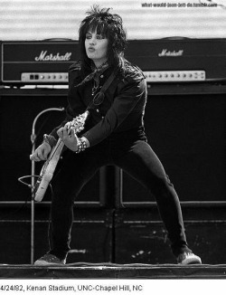 Joan Jett, guitar, show, black and white