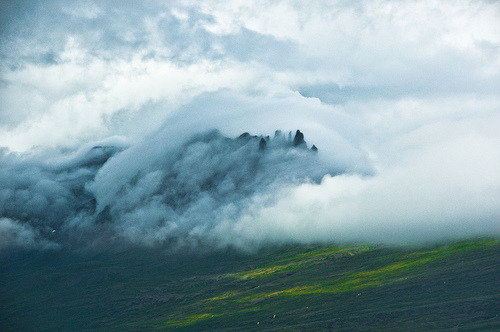-imitosis:  Covered Peak (by Zanthia)