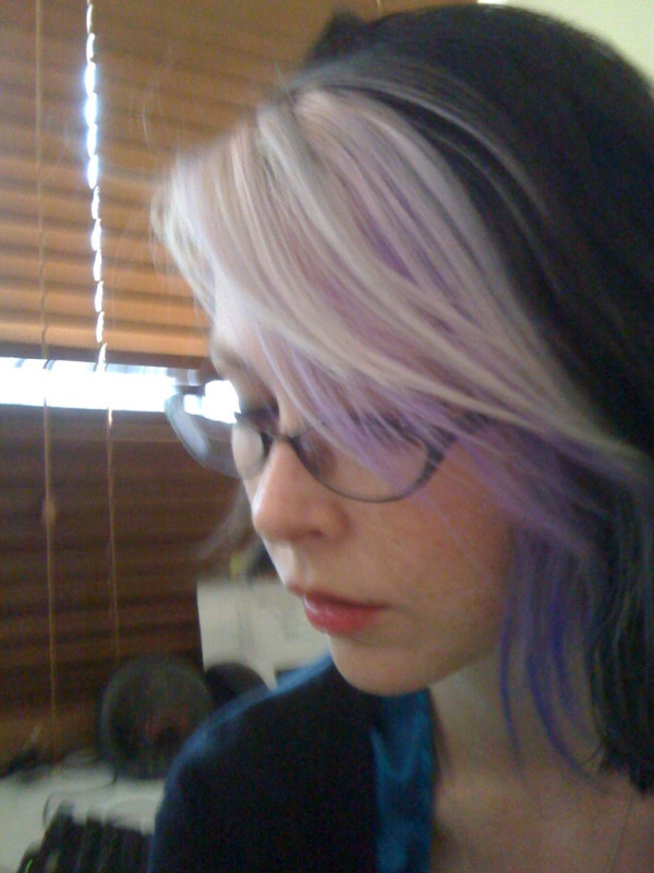 Violet/Lavender hair gradient. I quite like the affect.  I think I'll be leaving lilac hair behind pretty soon, going to attempt one last blue flame thing or pink & blue, but overall I think Lilac washes me out too much. Next up phoenix hair!